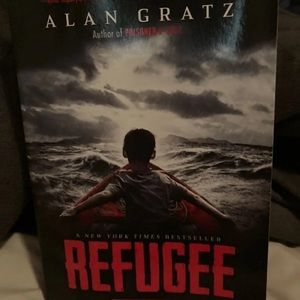 The refugee- alan gratz